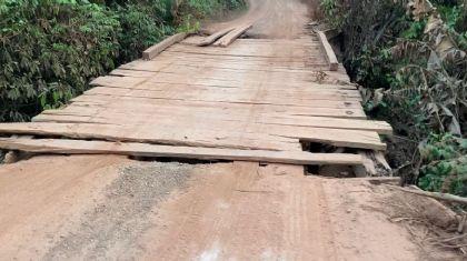 Vídeo: Produtores rurais temem queda de ponto em estrada de Porto Alegre do Norte (Crédito: Repórter Agro/Tiago Seiffert)