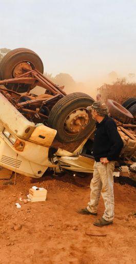 Mais um acidente na BR-158 entre Alô Brasil e Canabrava, conhecido como Trecho da Morte, acidentes acontecem praticamente todos os dias por causa da poeira!