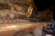 Carreta tomba, e carga avaliada em R$ 60.000,00 é saqueada por moradores de Confresa.