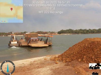 Balsa sobre Rio Xingu volta a operar novamente